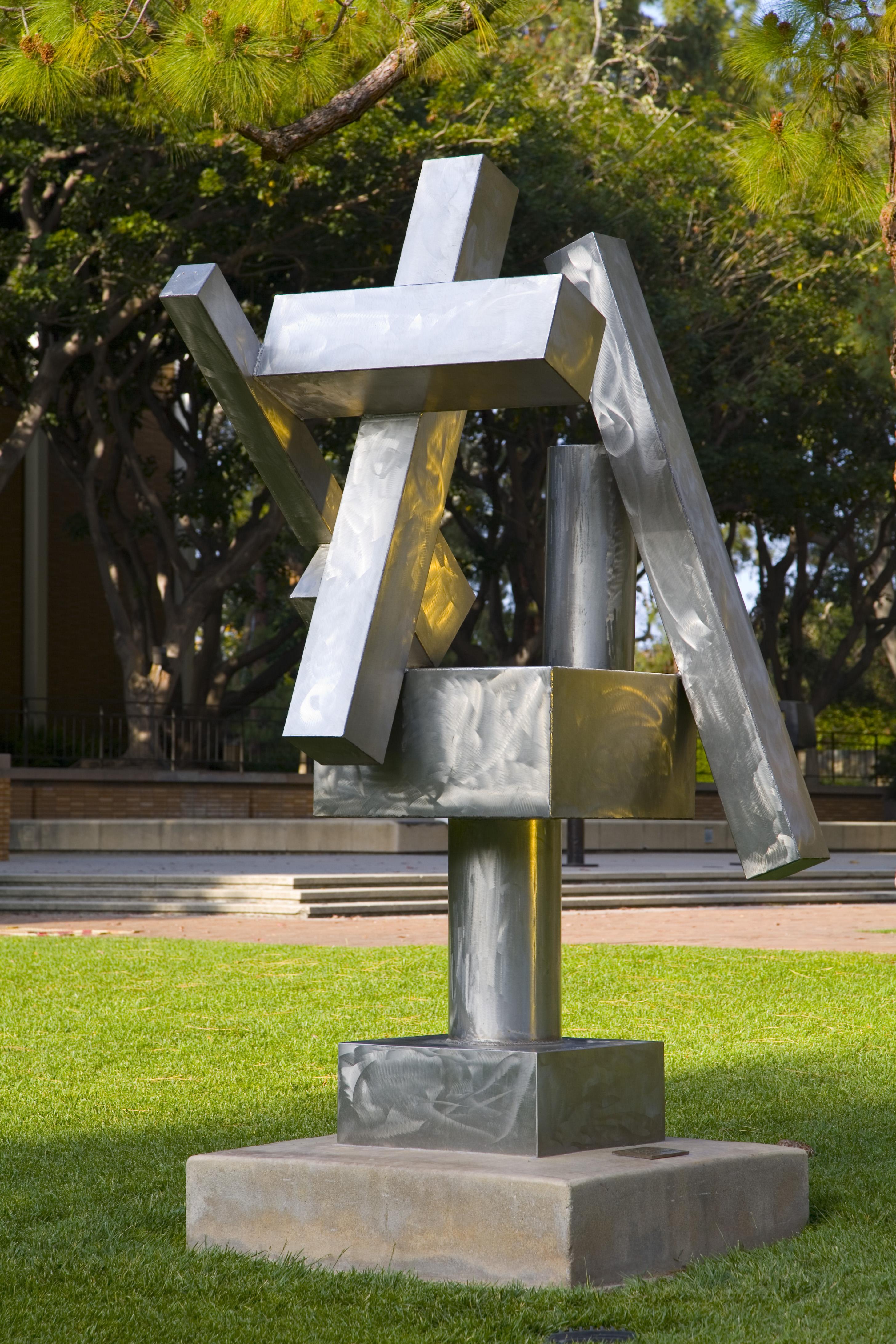 Franklin D Murphy Sculpture Garden Hammer Museum
