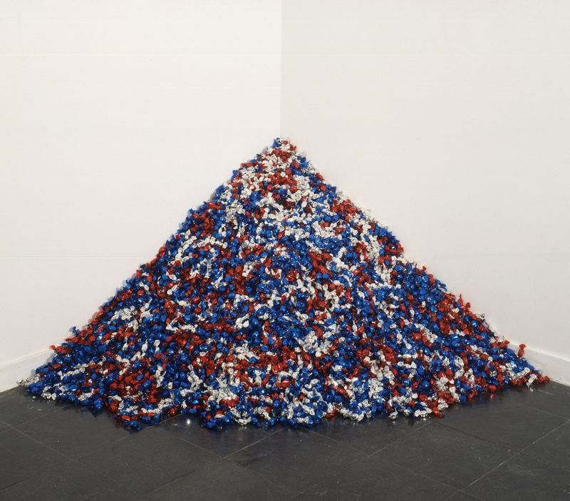"""Untitled"" (USA Today), by Felix Gonzalez-Torres, 1990"
