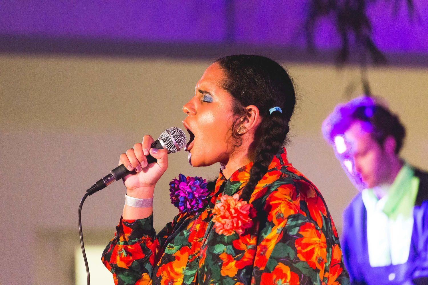 Lido Pimienta performs at ¡Pa'rriba!. Hammer Museum, Los Angeles, September 22, 2017