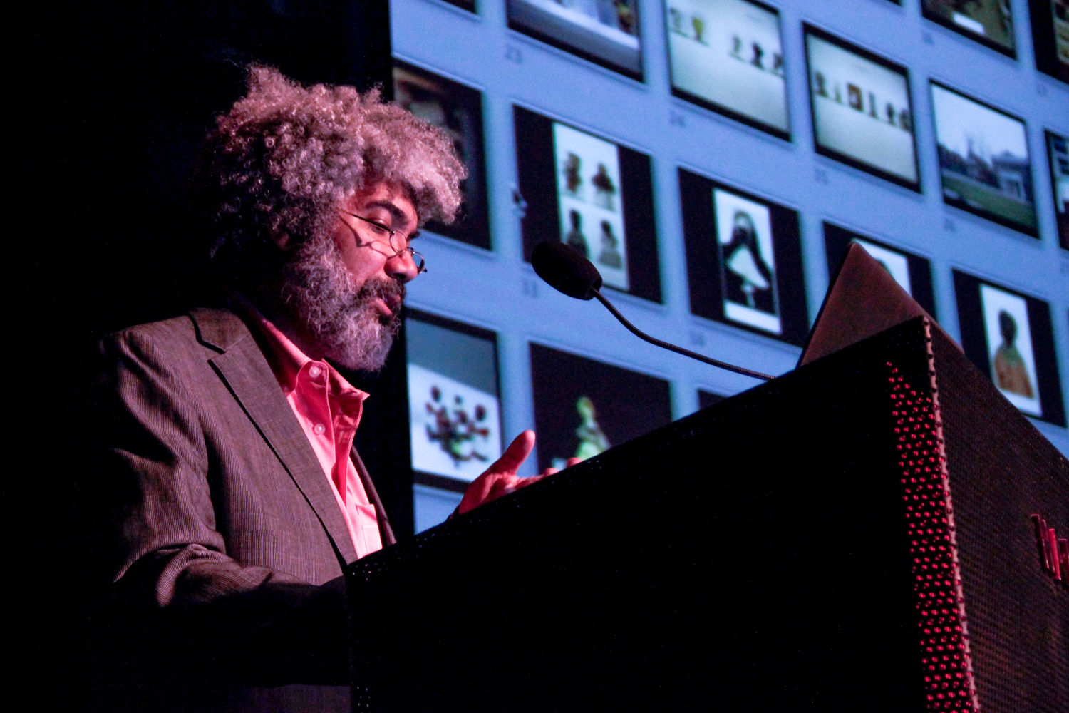 "Fred Wilson giving his lecture, ""Through the Glass Darkly: The Silent Message of the Museum,"" Hammer Museum, Los Angeles, May 6, 2014"