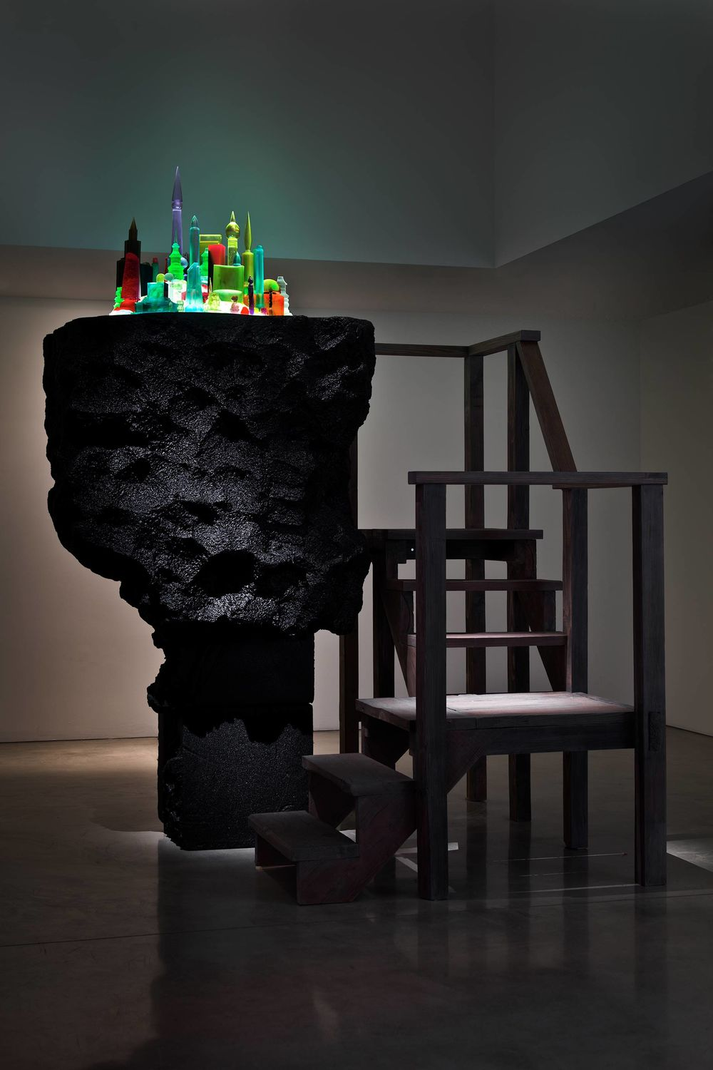 Mike Kelley, City 000, 2010. Mixed media. Hammer Museum, Los Angeles. Purchased through the Board of Overseers Acquisition Fund with additional funds provided by Chara Schreyer and Jeanne Greenberg Rohatyn and Nicolas Rohatyn.
