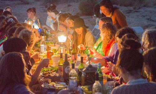 Women's Dinner in the Desert. Photo: Thea Lorentzen.
